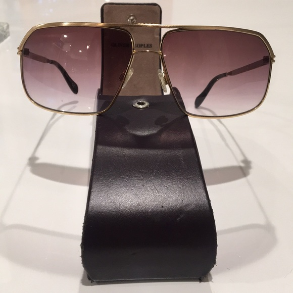 ea219d41f9 Unisex Oliver Peoples Connolly aviator sunglasses.  M 5b14848c194dadce98a2bd36